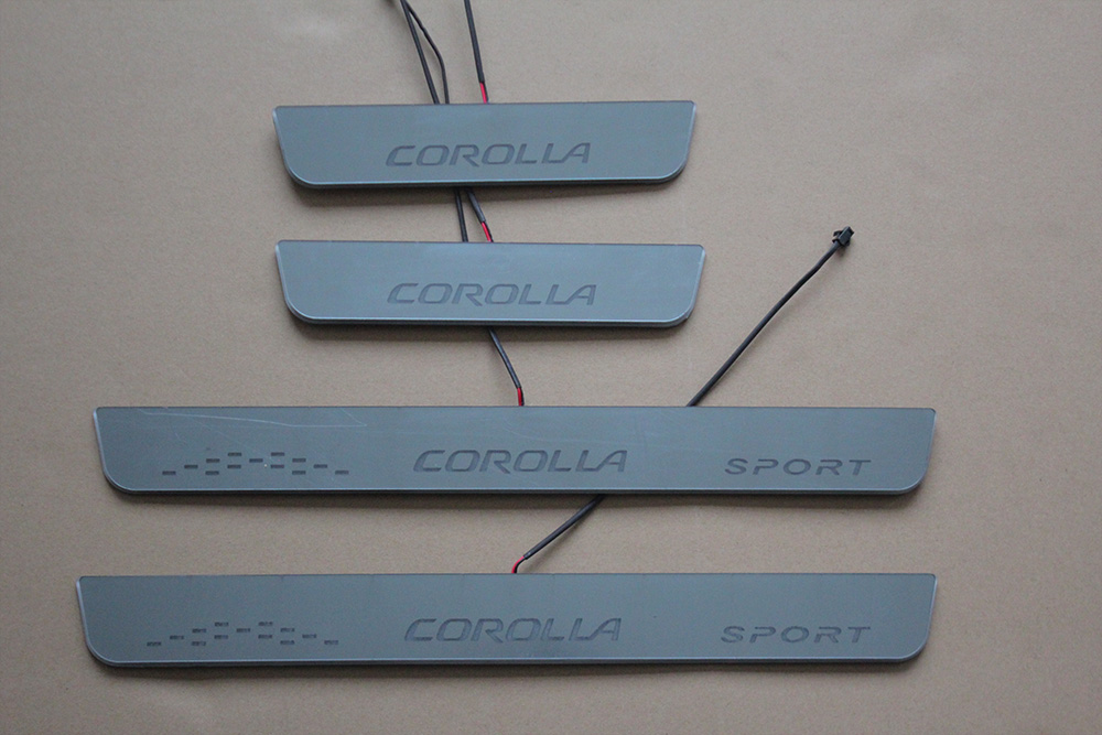 14卡罗拉亚克力面板流光灯--C标  COROLLA RUNNING LIGHT DOOR SILL PLATE 2014